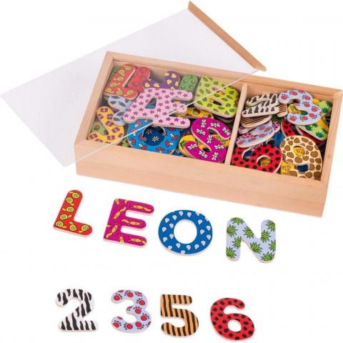 Magnet-Alphabet und Zahlen