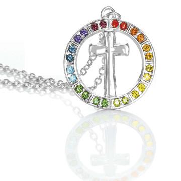 Halskette mit Kreuz-Anhänger