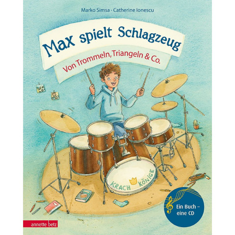 Max spielt Schlagzeug